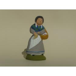 Femme aux brousses naÏve 9 cm